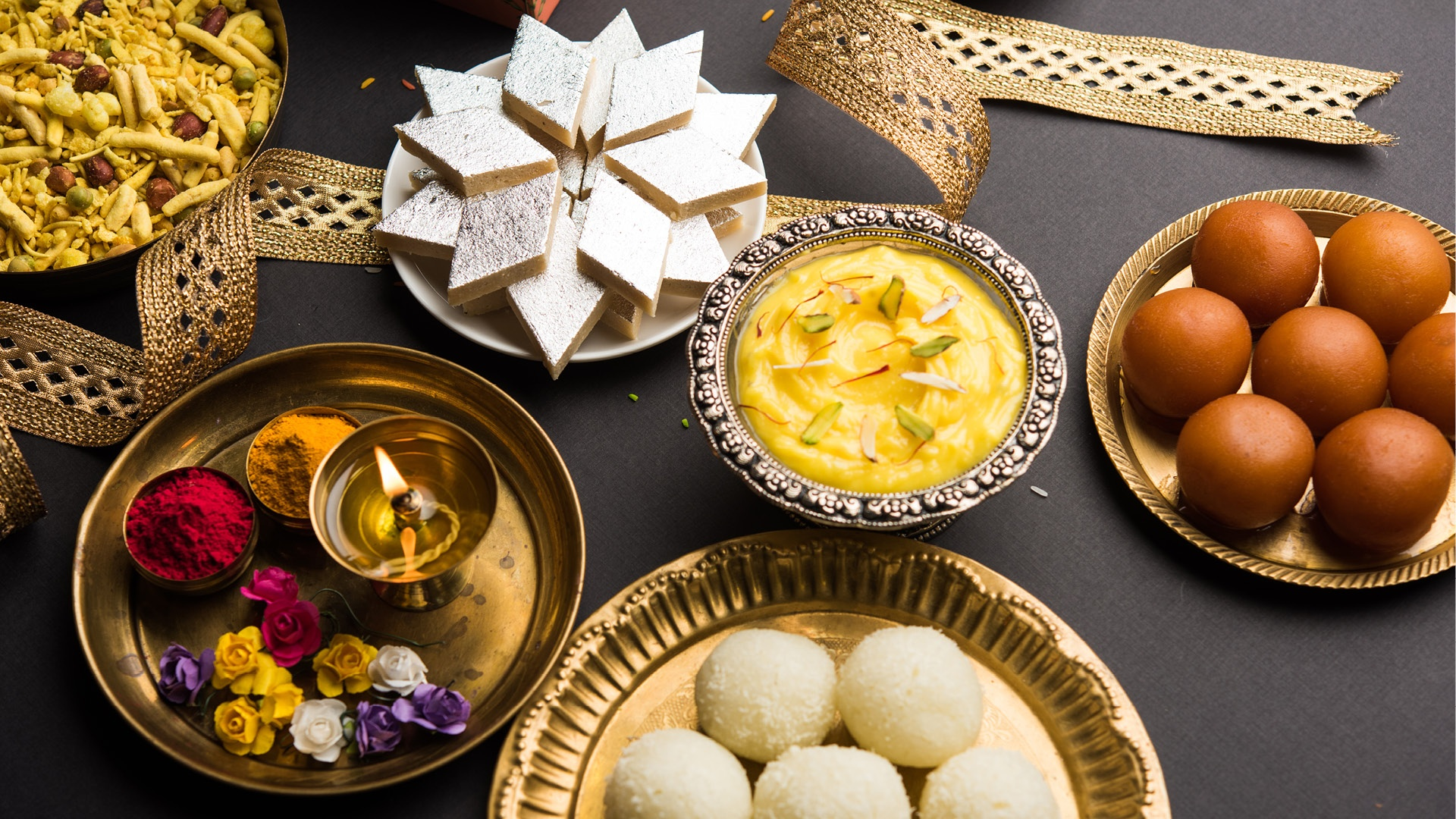 Best Five sweets that you can give to your family and friends on Diwali. Everyone likes to eat these sweets, Sweet in Diwali, Sweet of Diwali/Deepavali, Happy Diwali 2019