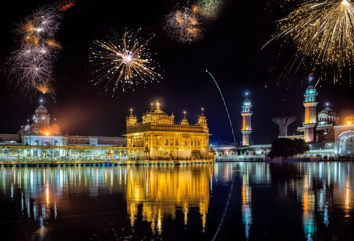 Gurupurab Celebrated 2019 in New Delhi and India, Gurudwara Bangla Sahib, Sis Ganj Sahib Gurudwara, Moti Bagh Sahib Gurudwara, Gurudwara Damdama Sahib, 50th birth anniversary of GuruNanak Dev