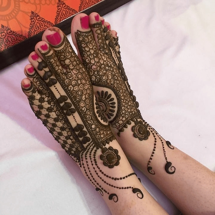 We are sharing the best 100 mehndi designs with beautiful simple mehndi designs for wedding, engagement, party, and festival, new mehndi design, easy mehndi designs