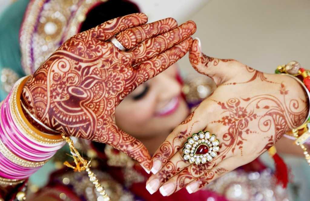 Beautiful Mehndi Quotes Shayari Status Images in Hindi English Punjabi Urdu for Friend Boyfriend Girlfriend Husband Wife Bride & Wedding, Mehndi Ceremony Quotes, Mehndi Design