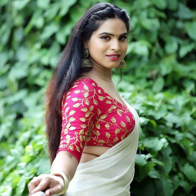 Bigg Boss Telugu 5 & Jabardasth Contestant Priyanka Singh Wikipedia (Wiki), Biography (Bio), Age, DOB, Family, Boyfriend, Education Qualifications, Religion, More